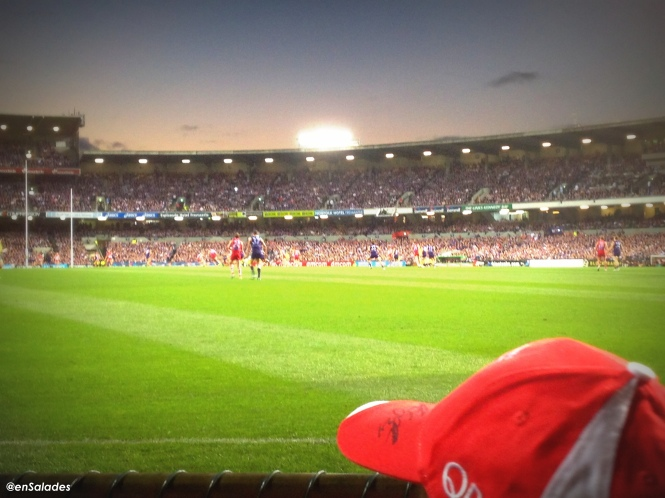 Watching a Sydney-Fremantle AFL game!